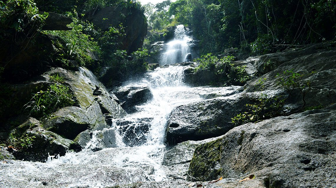 Mayflower-Waterfalls-4-1140x640